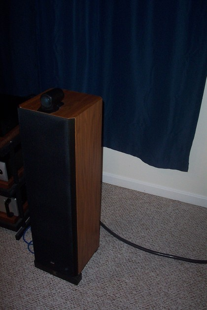 B&W Bowers & Wilkins Matrix 804 & HTM Sound Anchor Stands