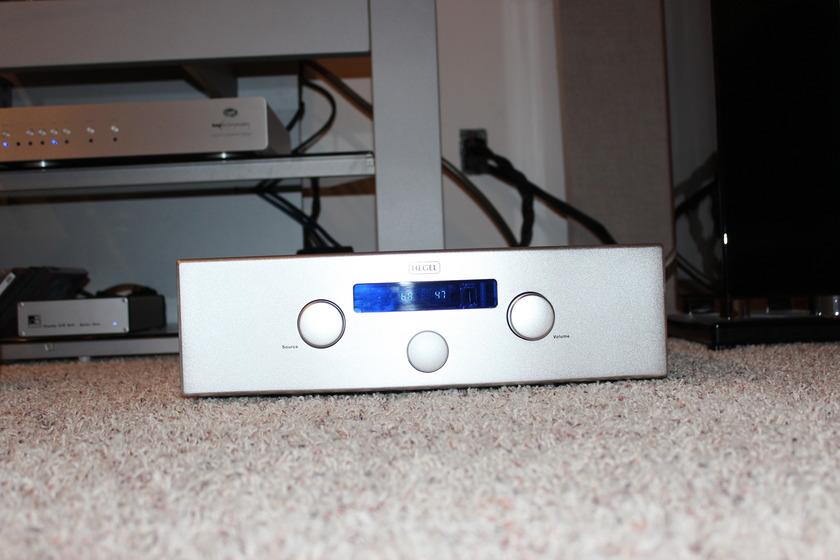Hegel  H200  Integrated Amp