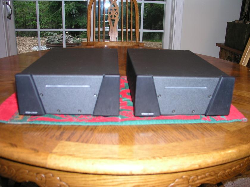 Wyred 4 Sound SX-1000 SS Monos-Black