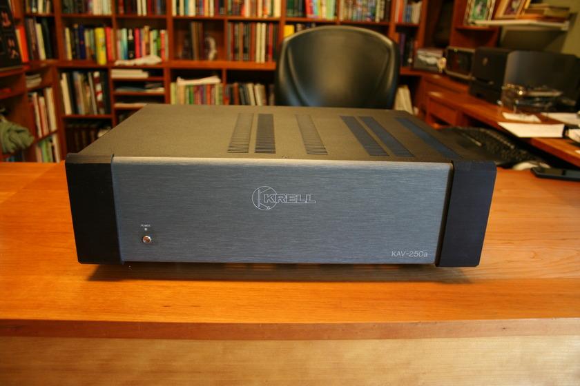 Krell KAV-250a Krell KAV-250a 250W X 2 Amplifier