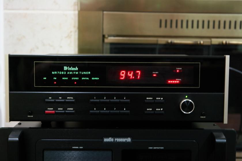 McIntosh MR7083  AM/FM Tuner