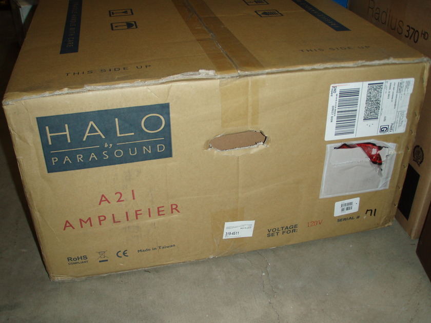 Halo by Parasound A21 New! Class A/AB Amplifier