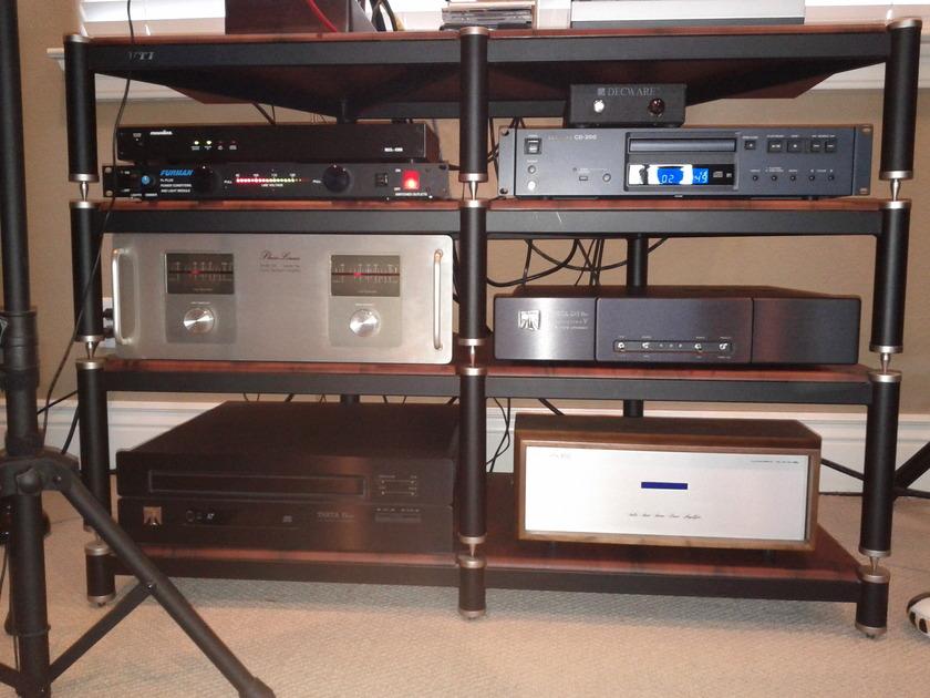 Theta Digital DSPro Gen V Just Serviced by Theta Digital