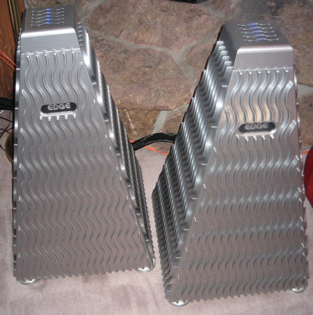 Edge NL Reference mono amplifiers