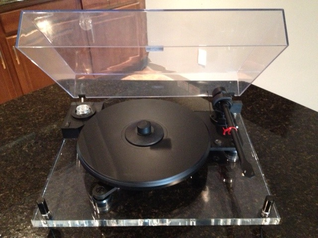 Pro-Ject Audio Perspective  Turntable with Dust Cover