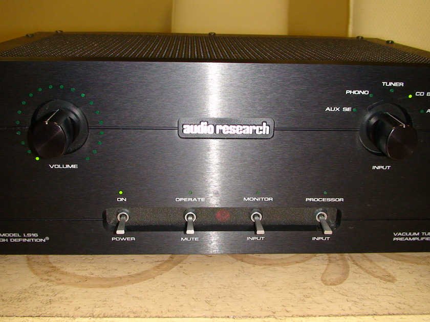 Audio Research LS-16 Preamplifier