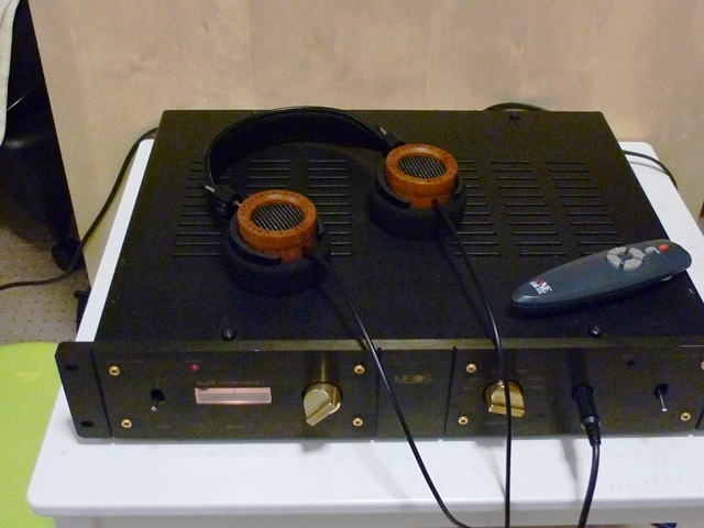 Melos SHA-Gold Pre-amplifier & headphone amp for Grado