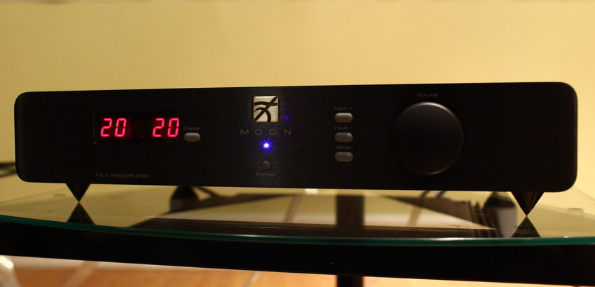 SIMAUDIO P5.3 preamplifier in mint condition (9/10)