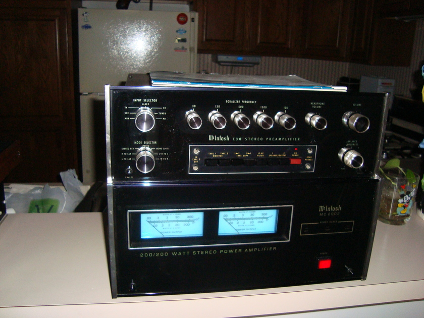 McIntosh MC-2002 C-28 amp and preamp Legendary Mac quality