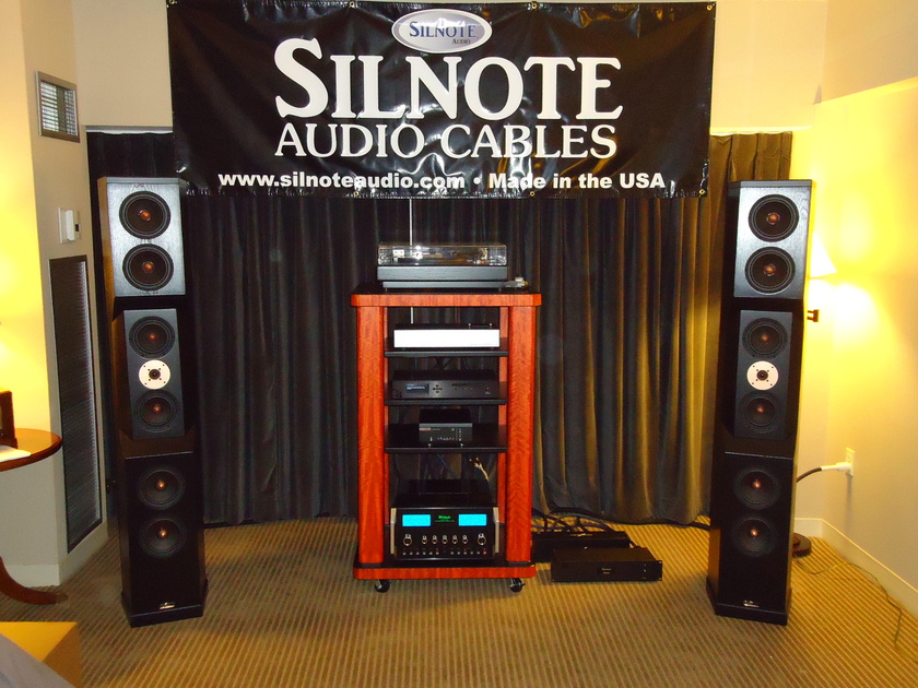SILNOTE AUDIO  Morpheus Reference w/ Cardas RCA's 24k Gold/ Silver  1 meter pair Interconnects   Excellent Reviews on Silnote Audio Cables!!