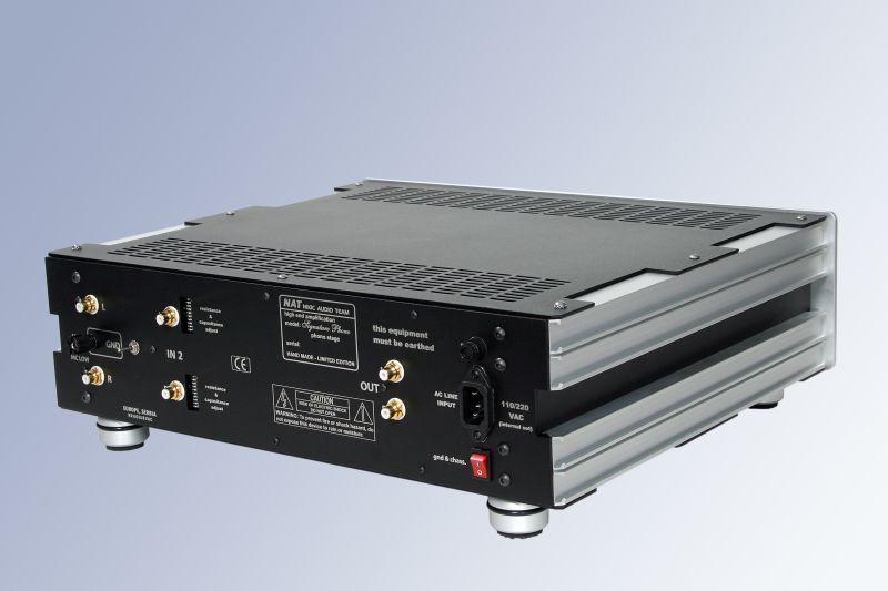 Nat Audio Signature Battery Power vacuum tube phono stage