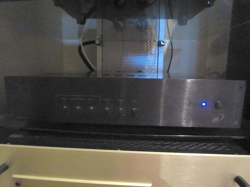 Selah Audio RC4 Speakers Leather, Blood Maple w/ External Sub Amp