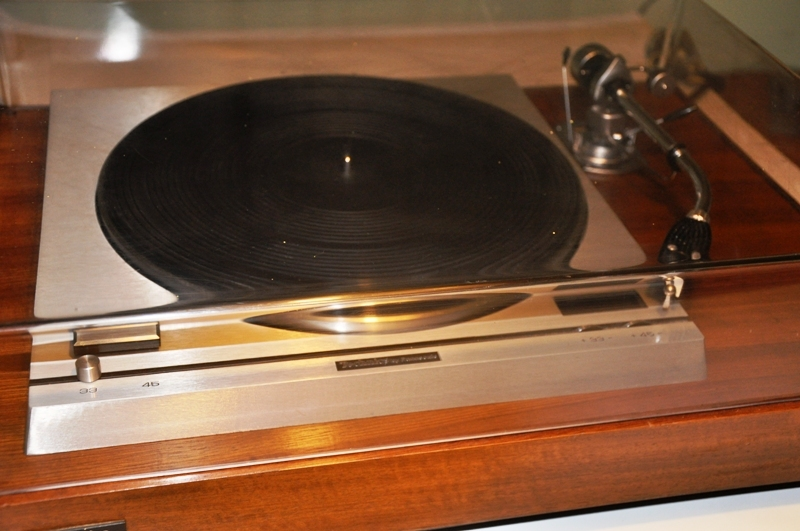 Technics SP-10 with SH10B1 base and SME 3009 Improved tonearm