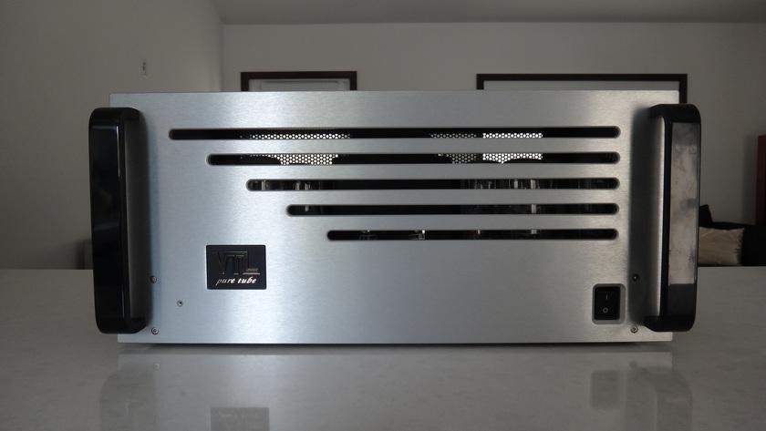 VTL ST150 150w vacuum tube stereo amplifier