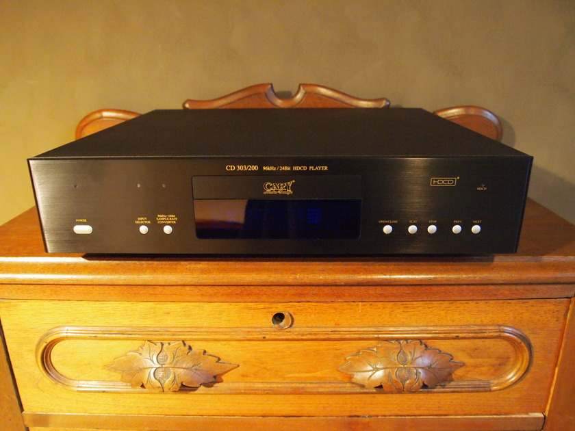 Cary 303/200 CD player
