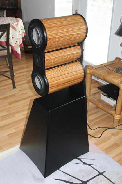 Maker Audio  Model 10  Loudspeakers - Unique    self amplified with digital streaming