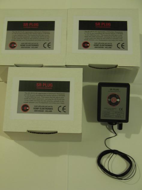 Kemp Elektroniks SR Plug Schumann Resonance Generator (demo unit)