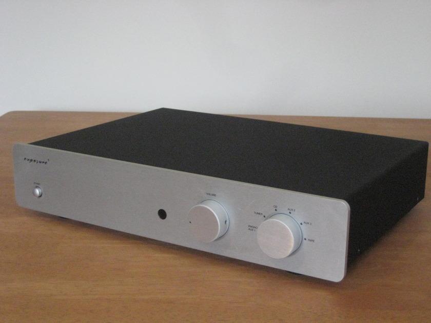 Exposure 2010S2 Integrated Amp 4 wks Gene RubIn Audio Since 1979!