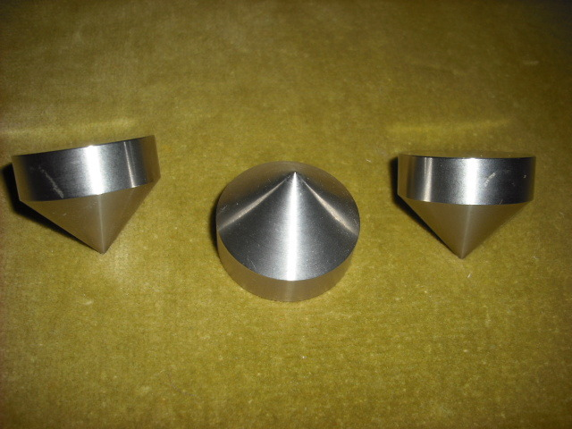 "Soler Points Stainless Steel 1"" isolation cones 1 3/8"" wide x 1"" tall"
