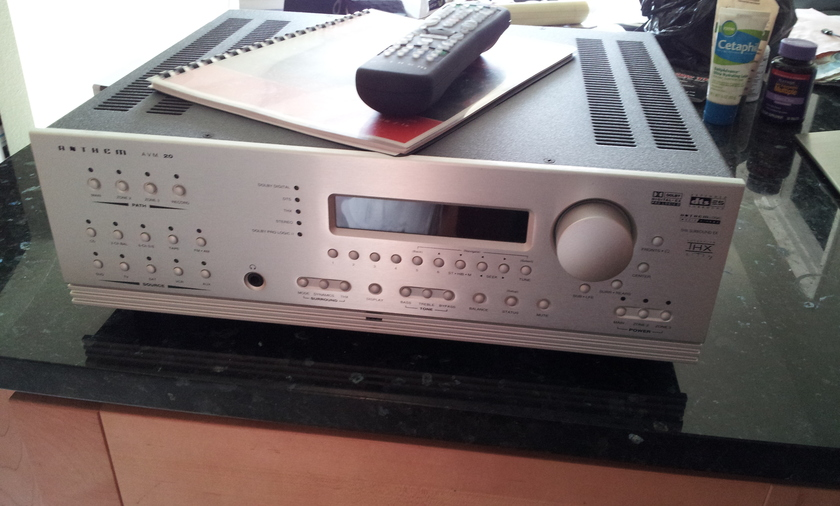 Anthem AVM-20v2 LIKE NEW