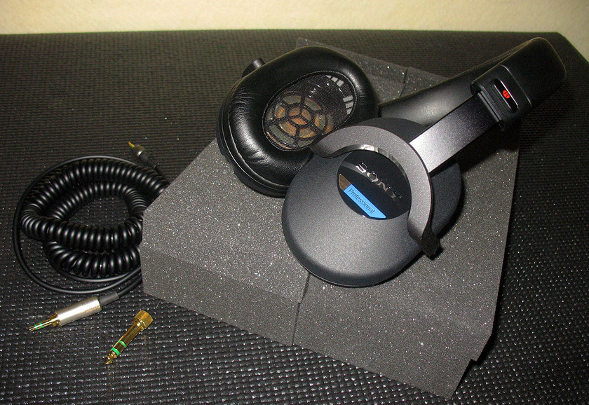 Sony MDR-7520 Professional Headphones