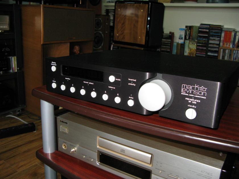 Mark Levinson 38s Pre-Amplifier 38s Pre-Amplifier
