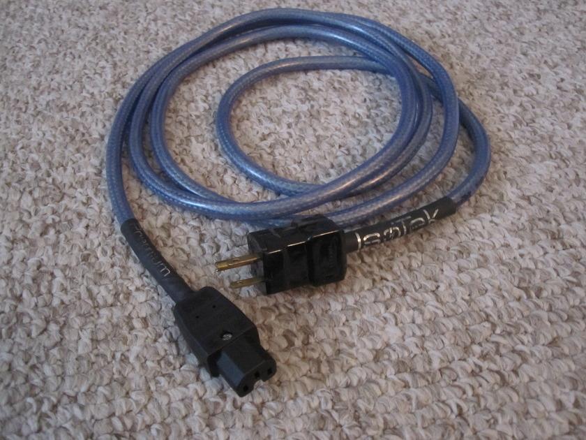 IsoTek Premium 2.5 Meter / 15 amp