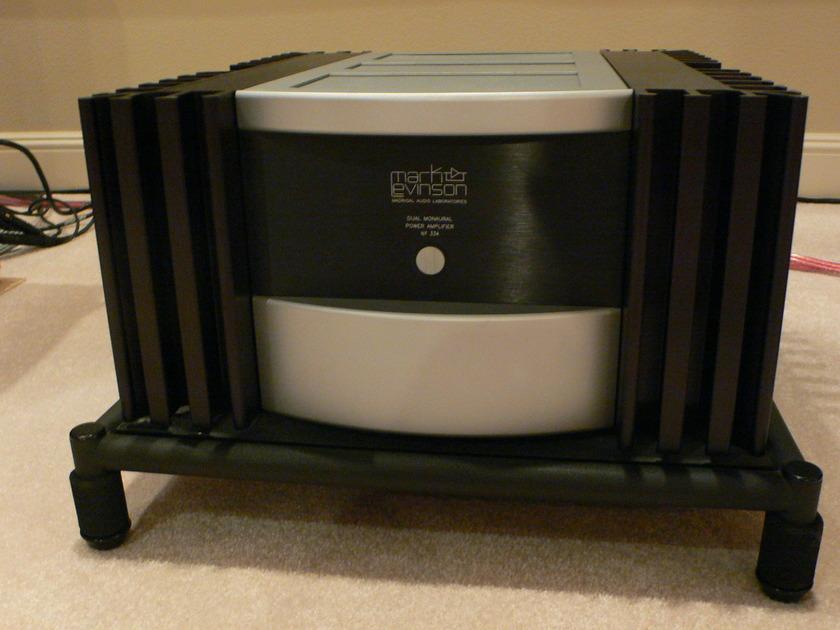 Mark Levinson 334 Stereo Amplifier