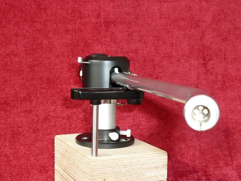 EMT 929 TONEARM NEW IN THE BOX n