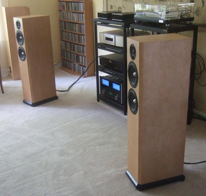Clearwave Loudspeaker Design Minuet M72 2.5-Way Floorstanders w/Scanspeak Illuminator Tweeters