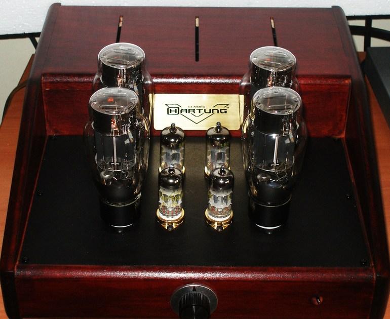 Hartung OTL stereo 2x8.0 Watt OTL amplifier