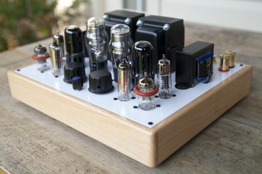 Decware  Mini Torii Superb Single Ended 6v6 6L6 amp