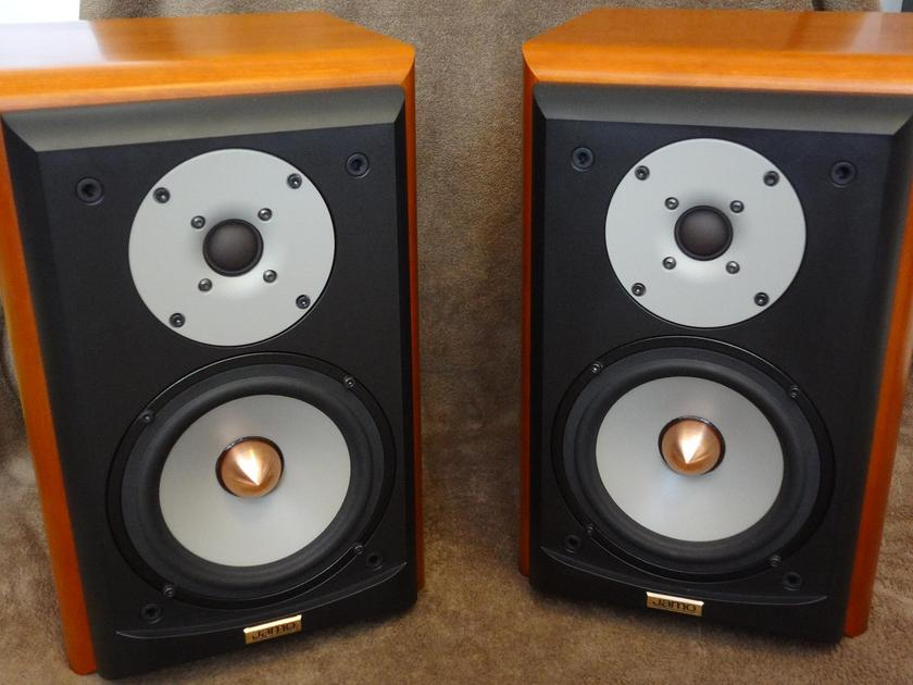 "JAMO's Legendary ""CONCERT 8"" (D830) Bookshelf Speakers SEAS Excel/Sonotex Drivers and Exquisite Cherry Cabinetry Beautiful Looks and Sound!"
