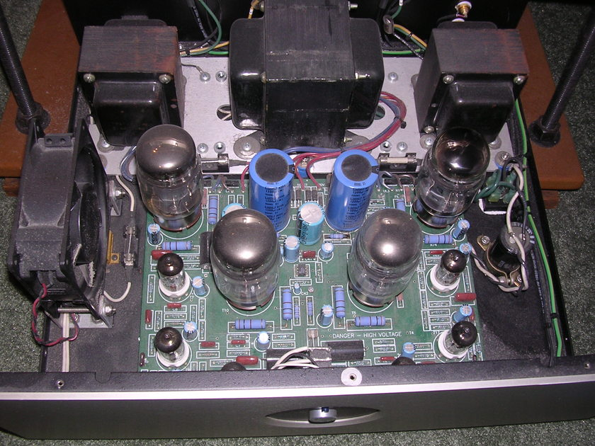 Rogue Model 88 tube amplifier