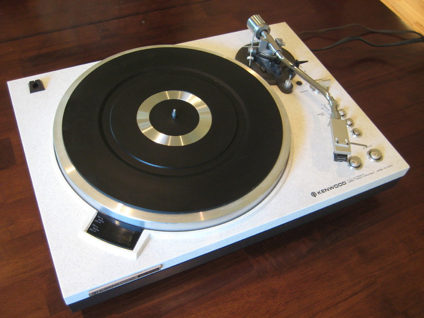 Kenwood KD-5070 w/ Shure MT500HE  direct drive tuntable top of line