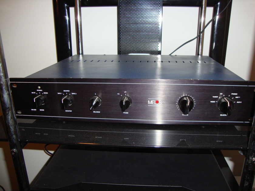 Melos ma-222 Tube preamp w/phono