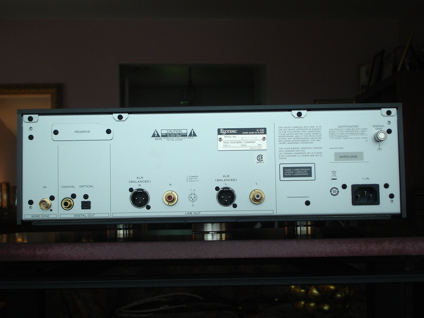 TEAC Esoteric X-05 Audiophile CD/SACD player in black CONUS shipping included in asking price