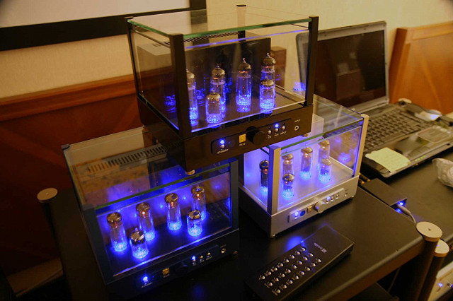 Jolida FX-10 vacuum tube  integrated amp with upgrades. Trade in.