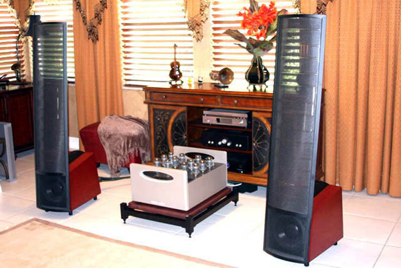 Superb Amp Stand,