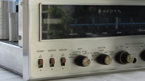 Vintage HH Scott Stereomaster 340-B Tube FM Stereo Receiver Amp in mint condition and works flawlessly