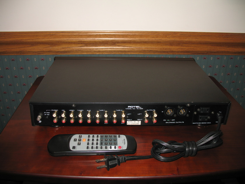 Rotel RC-995 Preamp - Remote control with mm/mc phono