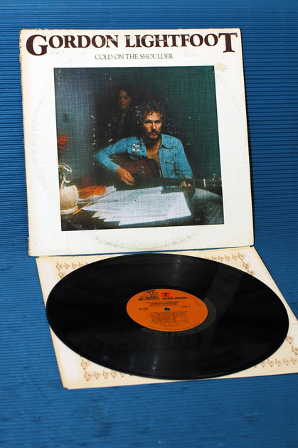 "GORDON LIGHTFOOT   - ""Cold On the Shoulder"" -  Reprise - 1975"