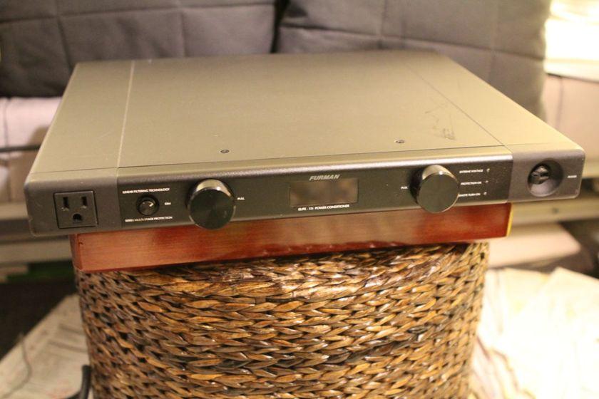 Furman Elite 15i Power Conditioner