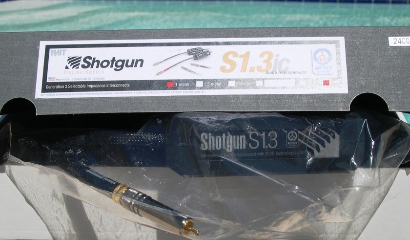 MIT Shotgun S1.3 rca 1m pair 60% OFF! New-in-Box