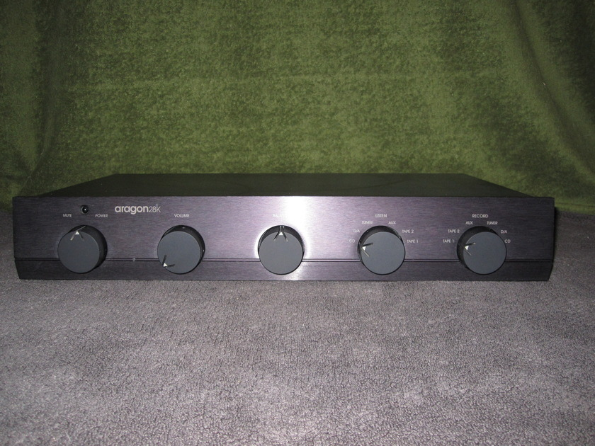 Aragon 28K Preamplifier with Remote