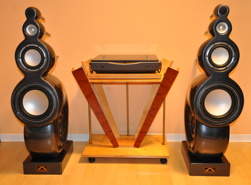 Marker-Audio F151 Nautilus shape speaker, extremely RARE