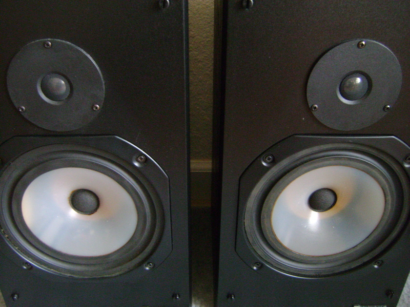 Rogers LS4a/2 Legendary Audiophile  Compact Speakers