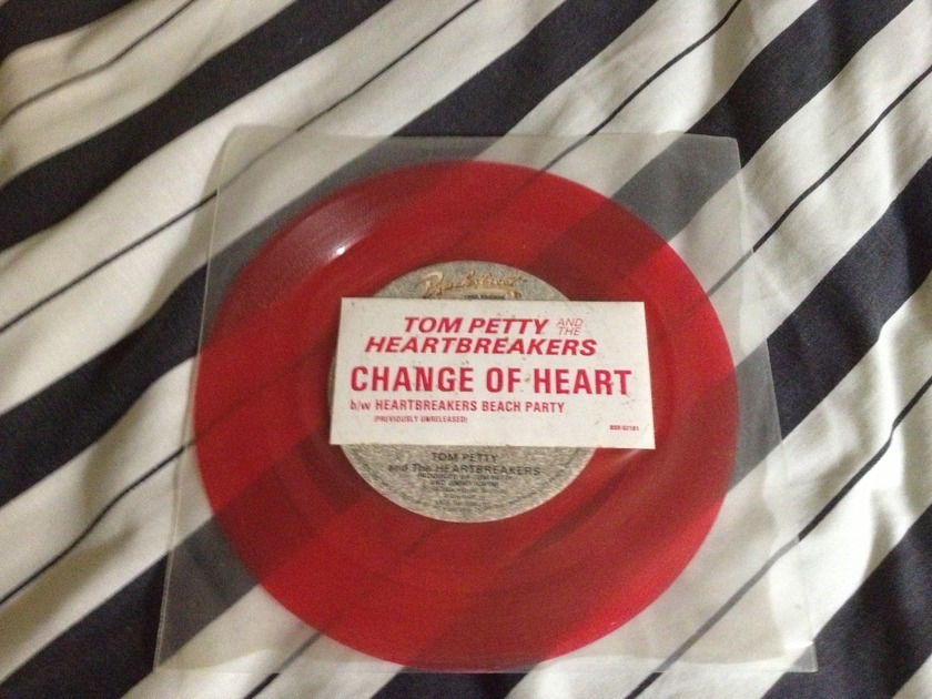 Tom Petty - Change Of Heart Red Vinyl 45 NM