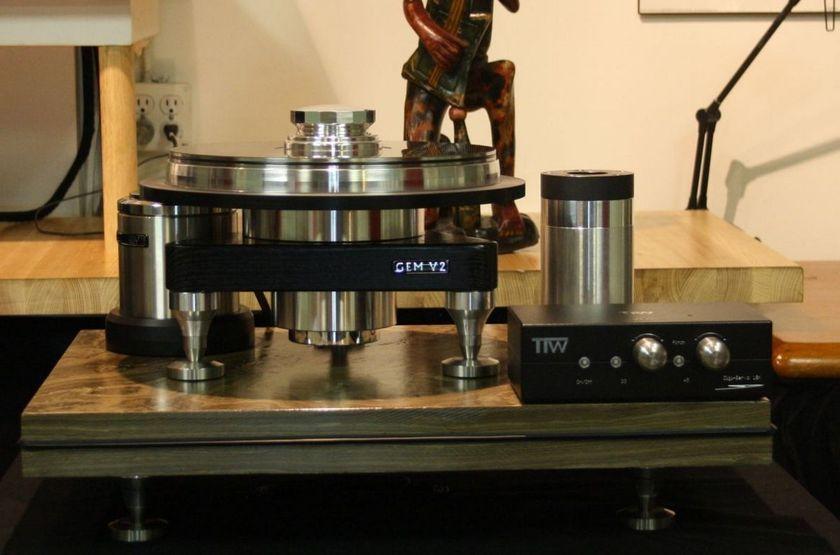TTW Audio GEM SUPER TORQUE  Silent Direct Drive Decoupled Outer Drive GEM Turntable  DEMO 18K DIGI-SERVO Controller..more..