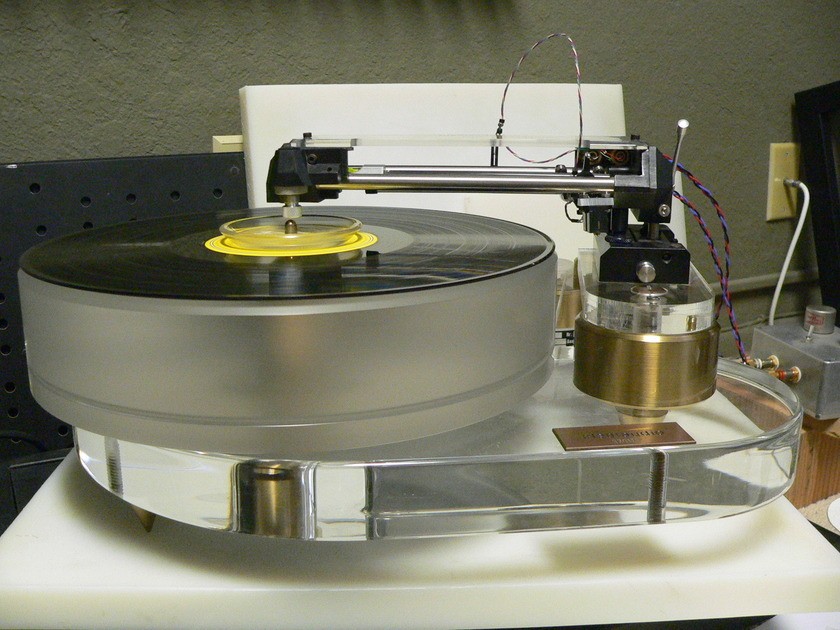 Clearaudio Reference Turntable Clearaudio Souther TQ-1 Linear  Tracking Arm